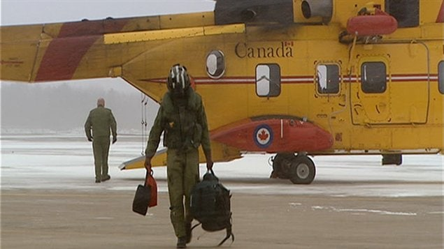Hélicoptère Cormorant de recherche et sauvetage de la Défense nationale