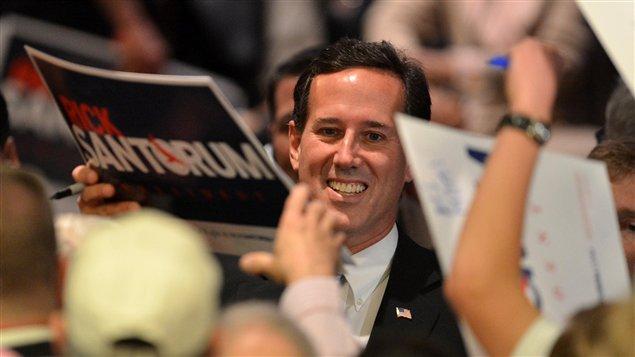 Malgré ses trois défaites du 3 avril, Rick Santorum a déclaré devant ses partisans réunis en Pennsylvanie qu'il continuerait de se battre pour remporter la course à l'investiture républicaine.