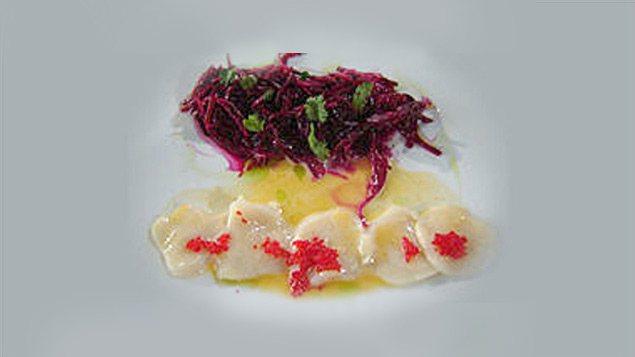Pétoncles à la sauce épicée et salade de betteraves crues