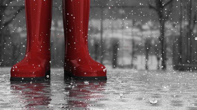 Des bottes d'eau