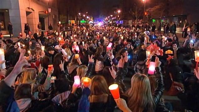 Manifestation nocturne à Montréal