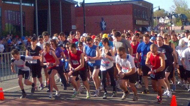 A Sudbury, près de 2000 participants étaient sur la ligne de départ.