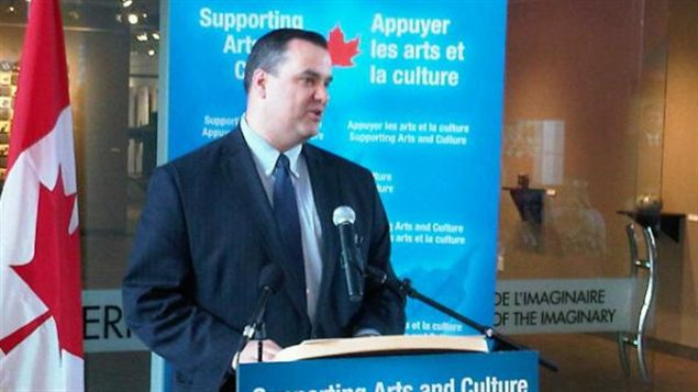 Le ministre du Patrimoine canadien et des Langues officielles, James Moore.