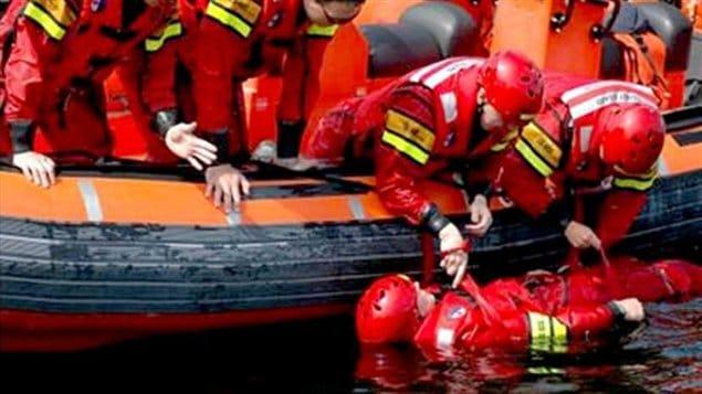 Le service d'embarcations de sauvetage côtier.