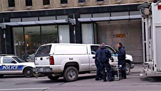 L'équipe d'intervention d'urgence en cas de déversement de matières dangereuses (Hazmat) s'est rendue sur place.