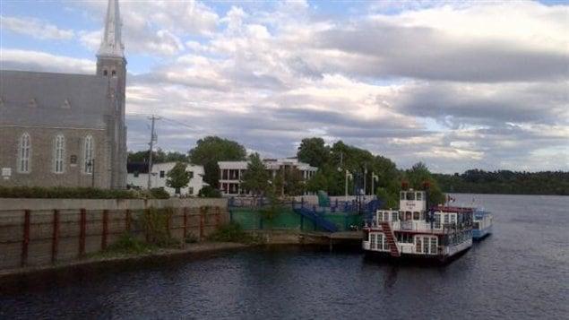 Le Quai des artistes, où les bateaux de croisière accostent.