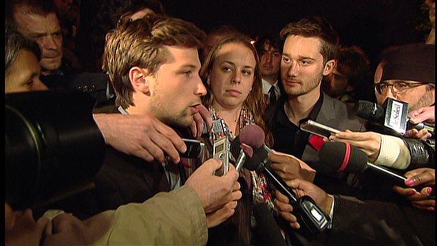 Point de presse des leaders étudiants à leur sortie de la troisième journée consécutive de négociations.