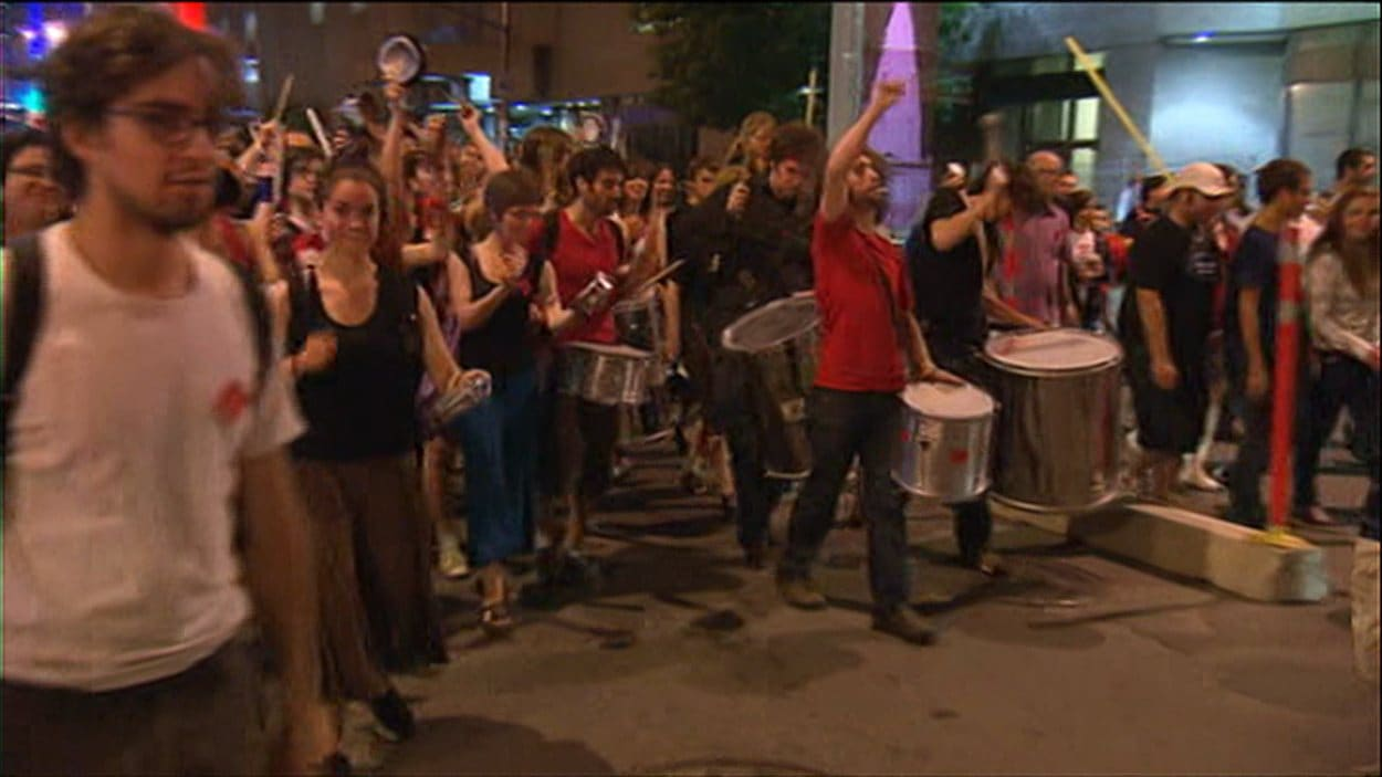 53e manifestation nocturne à Montréal