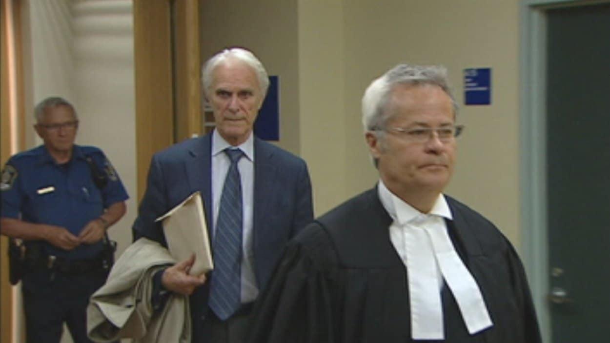 Jacques Delisle et son avocat Me Jacques Larochelle
