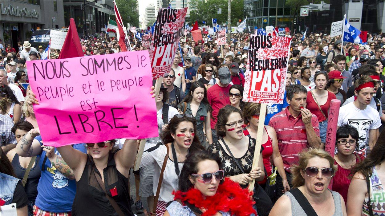 Des manifestants à Montréal.