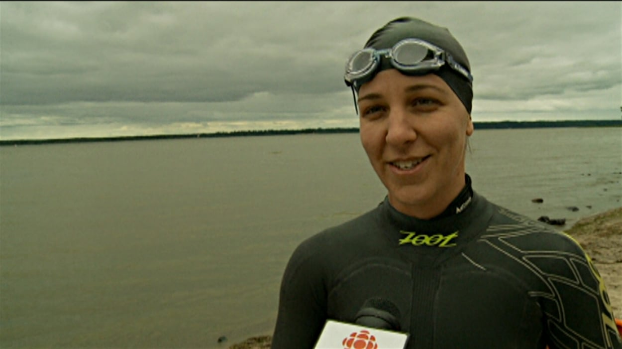 Heidi Levasseur souhaite devenir la première femme à parcourir Gatineau-Montréal à la nage.