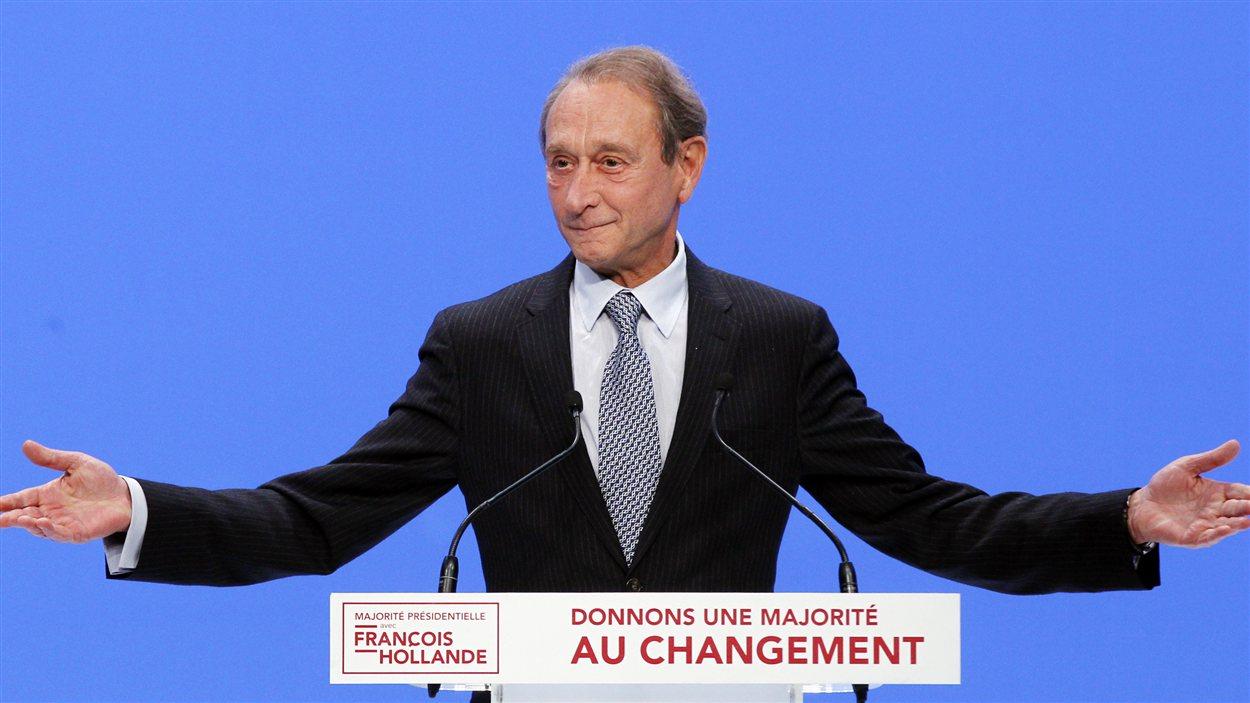 Le maire de Paris, Bertrand Delanoë, lors d'un discours dans le cadre des législatives, le 13 jun au Zenith de Paris.