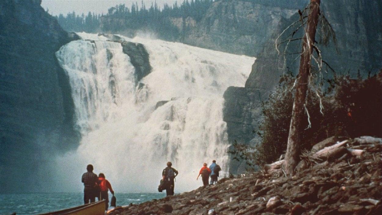 Depuis 1978, le parc national Nahanni, dans les Territoires du Nord-Ouest, fait partie de la liste du patrimoine mondial