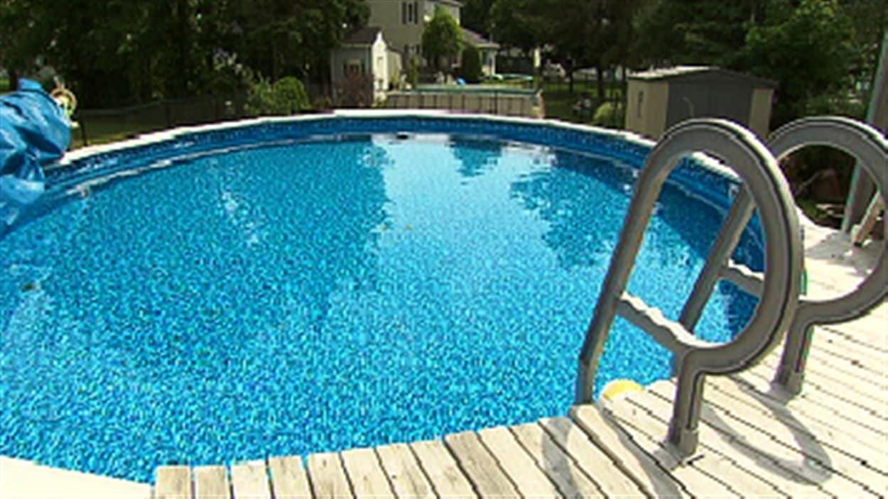 Une piscine extérieure à Moncton