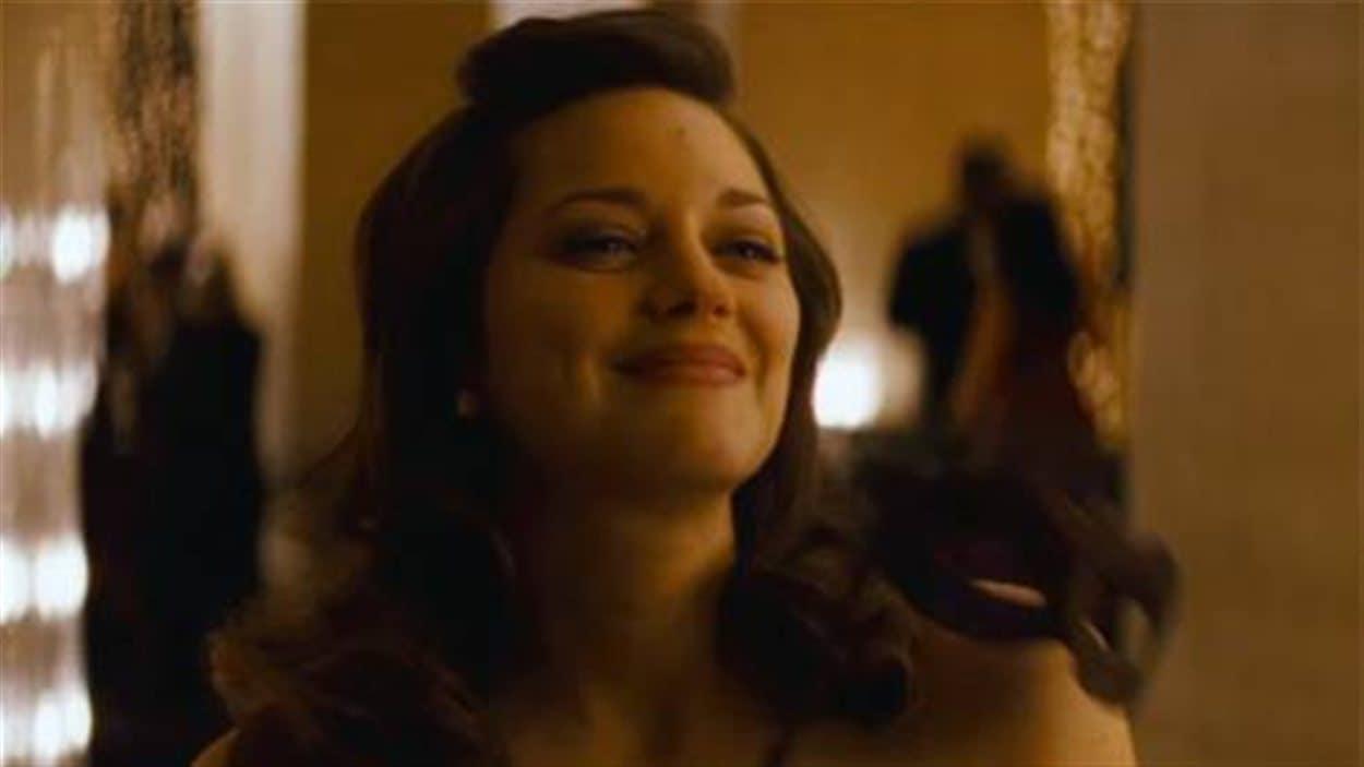 Batman Christopher Nolan A Compose Avec La Grossesse De Marion