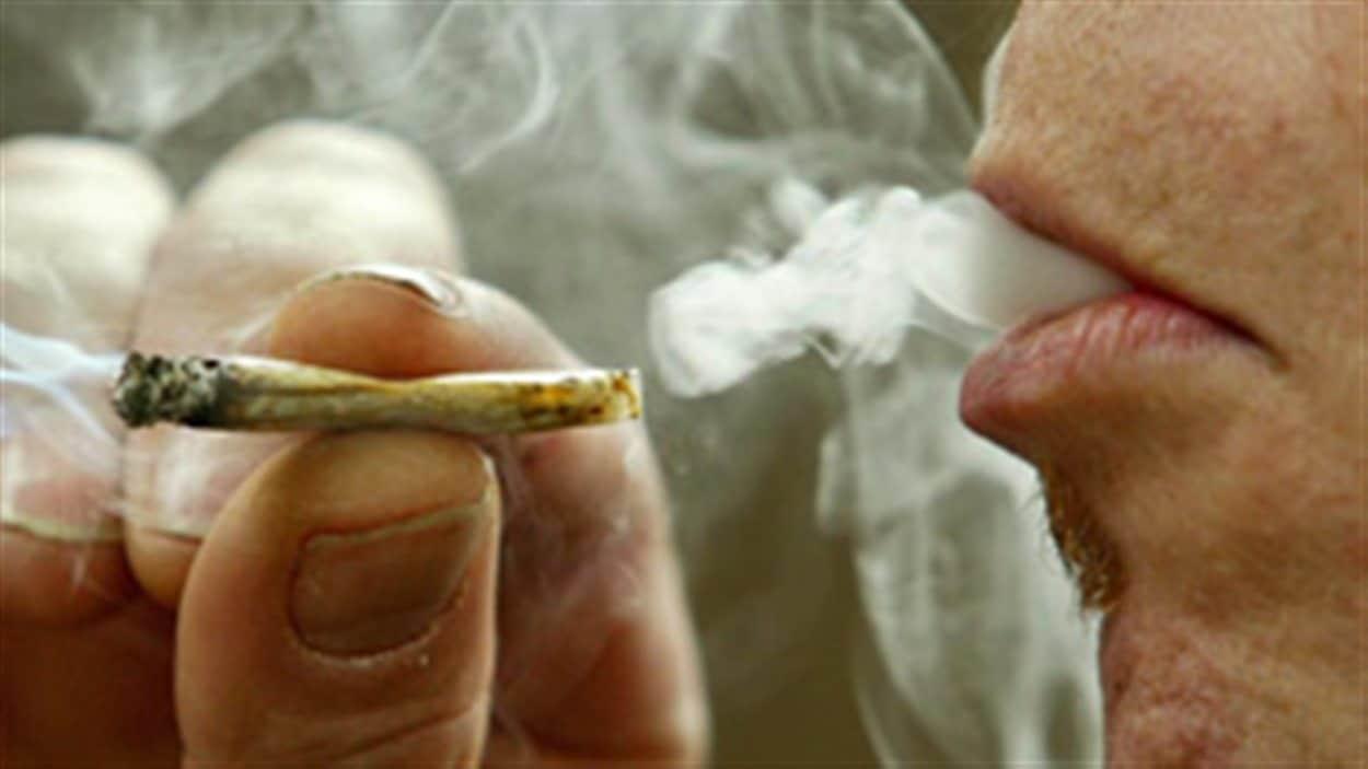 fumeur_marijuana