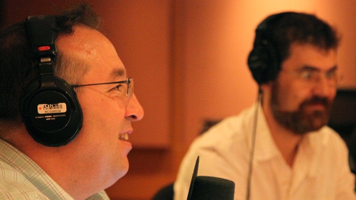 © Radio-Canada / Étienne Côté | Normand Mousseau et Pierre-Olivier Pineau