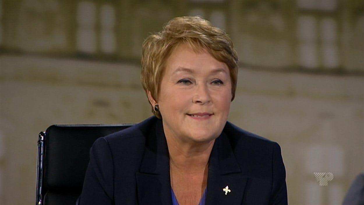 La chef du Parti québécois Pauline Marois lors du duel l'opposant à François Legault