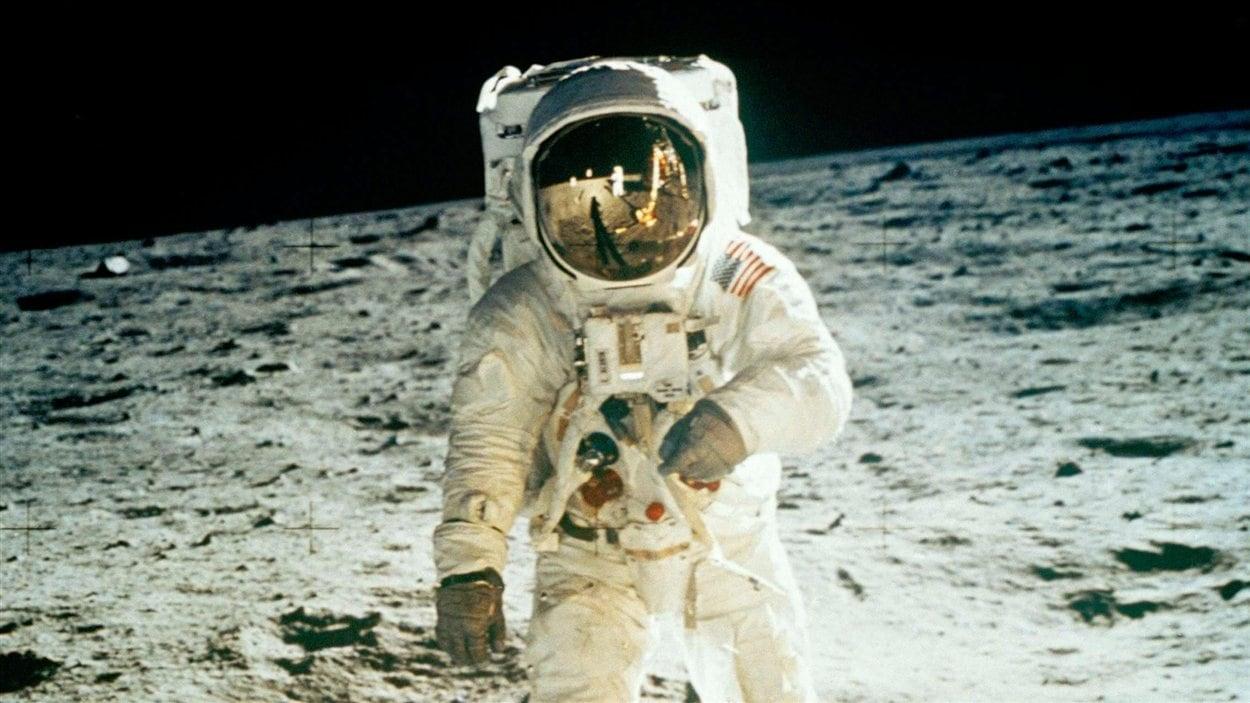 Edwin E. Aldrin Jr., photographié par Neil Armstrong.