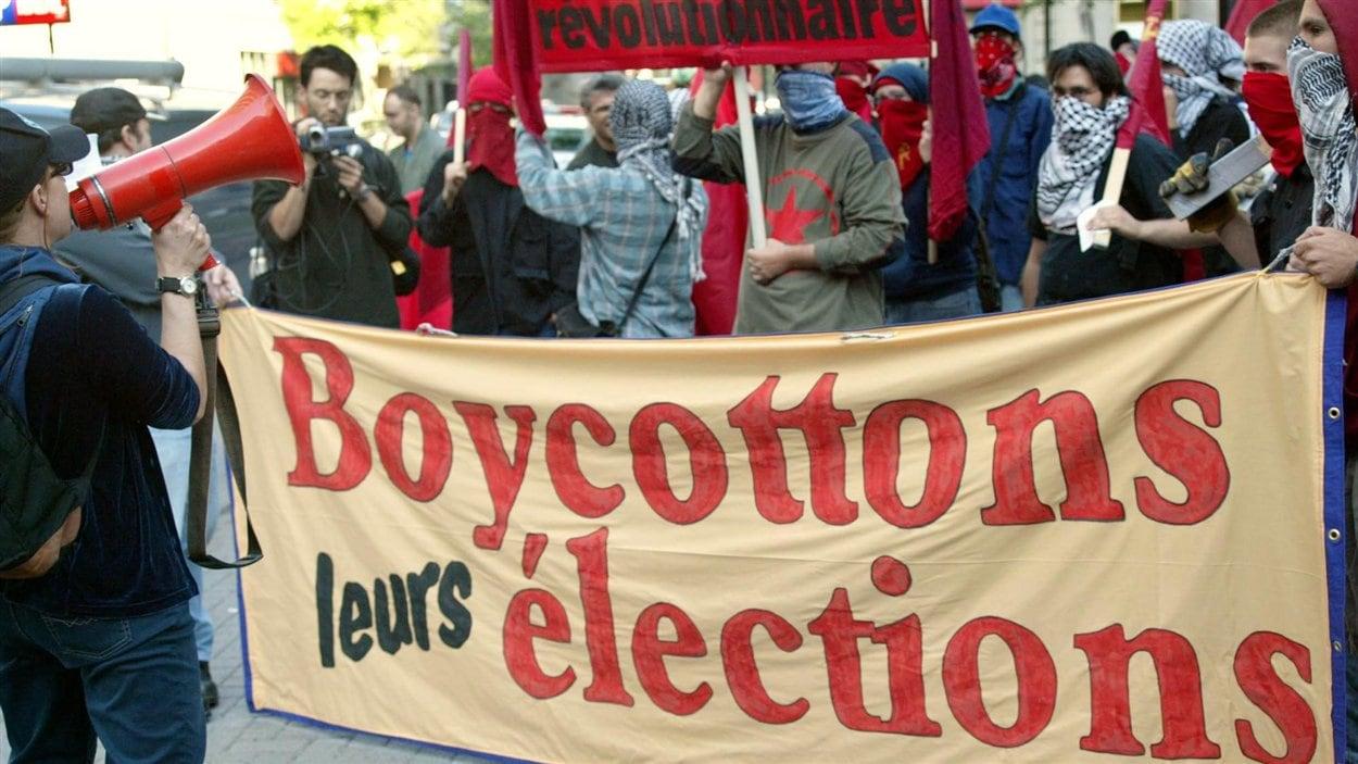 Manifestation à Montréal le 25 juin 2004 dans le cadre des élections fédérales