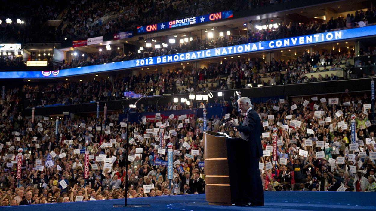 L'ancien président américain Bill Clinton lors de son discours à la convention démocrate visant à investir Barack Obama comme candidat à la présidentielle.