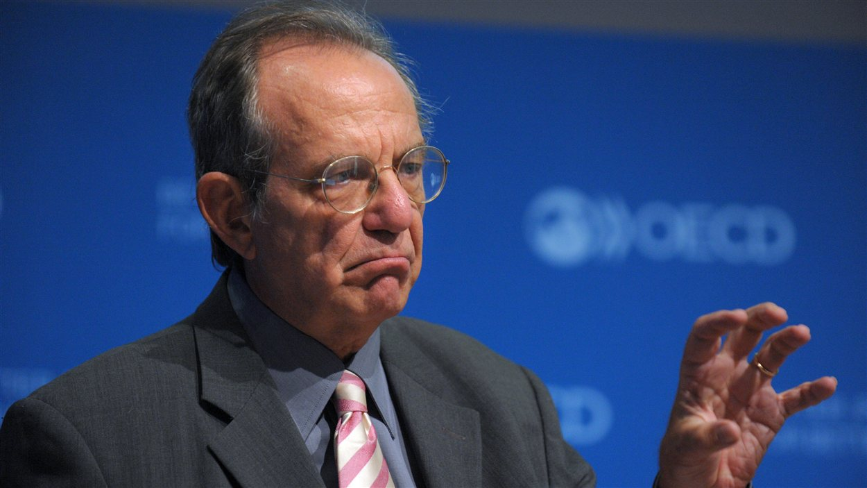 L'économiste en chef de l'OCDE, Pier Carlo Padoan