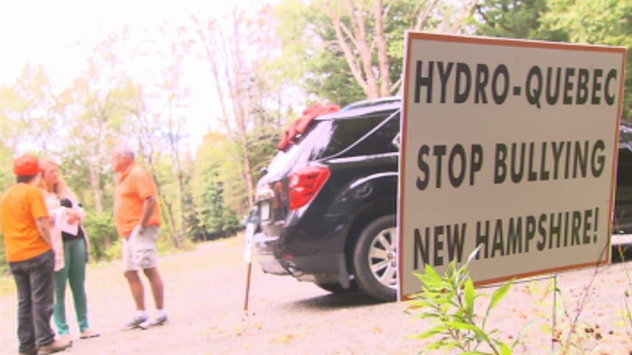 L'une des nombreuses pancartes dénonçant les projets d'Hydro-Québec.