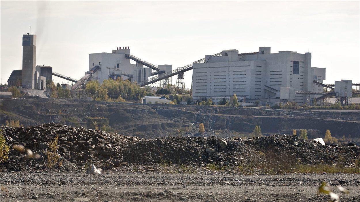 Les installations de Mine Jeffrey, à Asbestos en Estrie