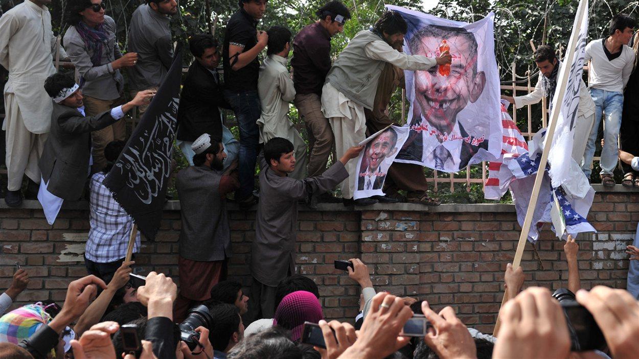Des manifestants antiaméricains à Kaboul, en Afghanistan