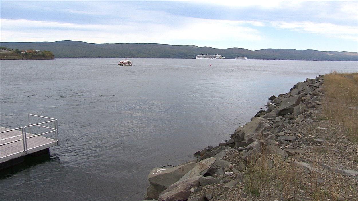Les paquebots de croisières dans la baie de Gaspé