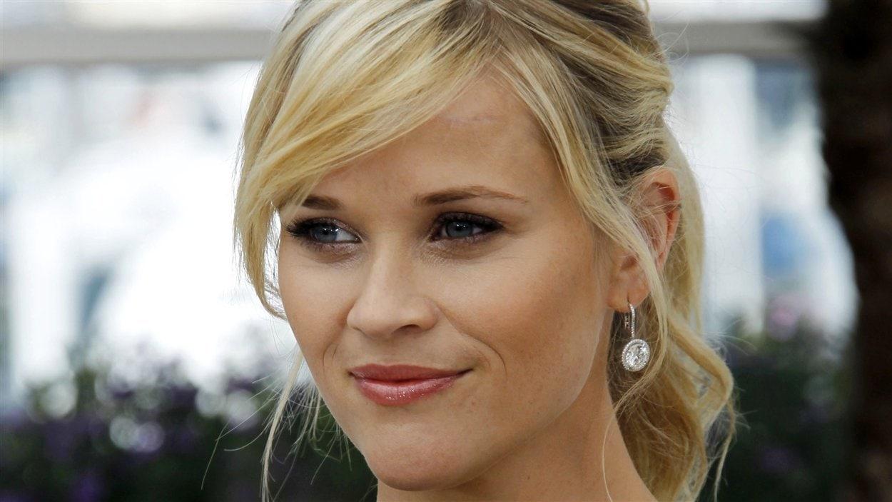 Reese Witherspoon a donné naissance jeudi à son troisième enfant et l'a nommé en hommage à un endroit cher à son coeur, Tennessee James.