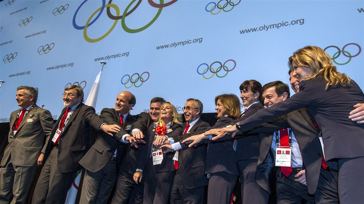 Les membres du comité organisateur de Madrid 2020