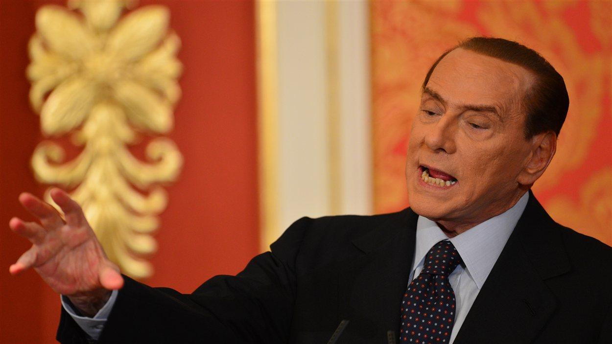 Silvio Berlusconi dénonçant la «dictature des magistrats».