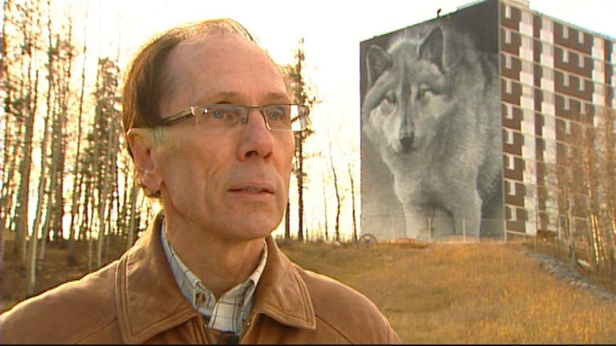 Volker Beckmann veut faire de Thompson au Manitoba la capitale du loup.