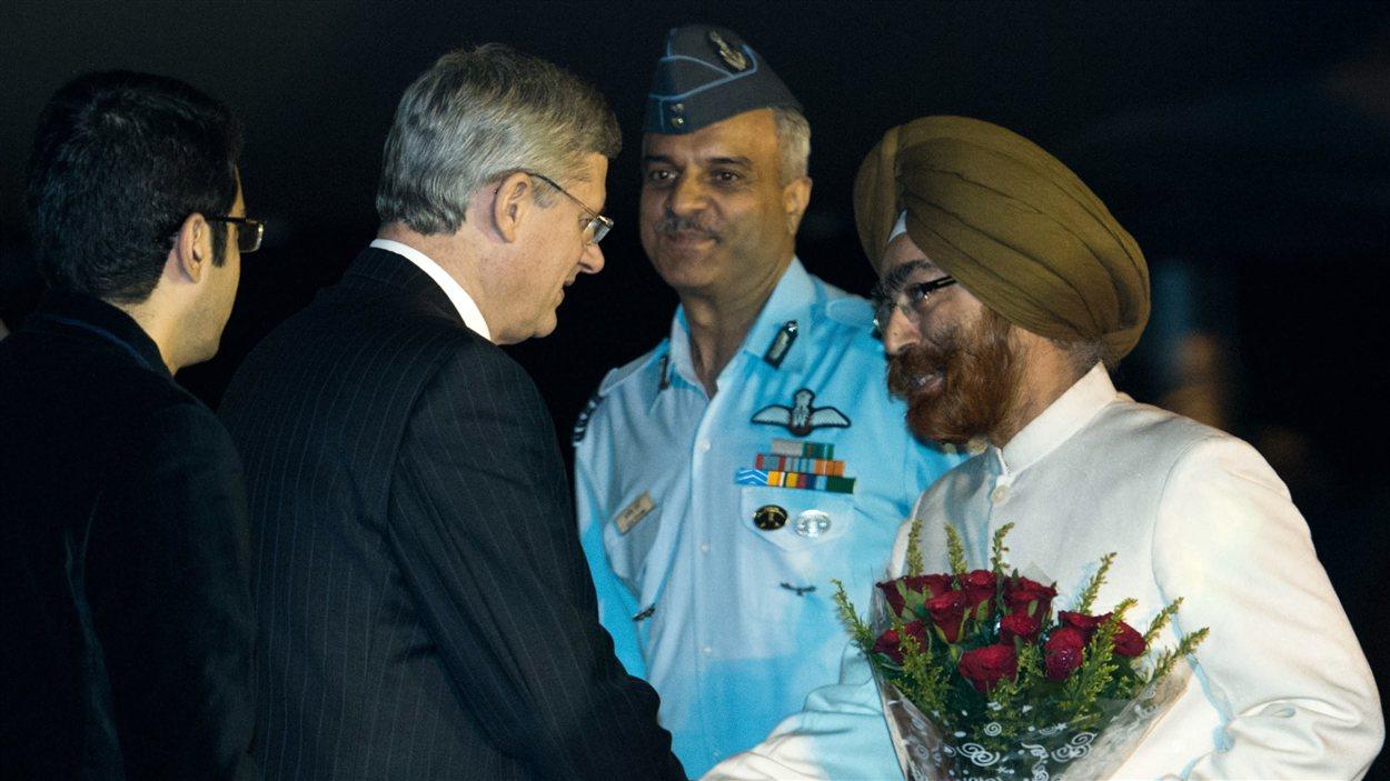 Stephen Harper à son arrivée en Inde