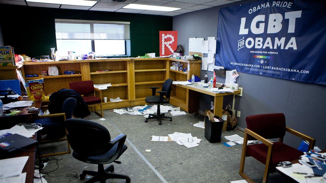 Les bureaux de campagne de Barack Obama étaient complètement vides quelques heures après la fermeture du scrutin à Reno, au Nevada.