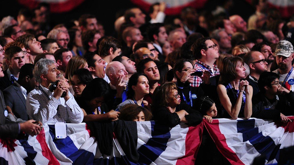 Les partisans de Barack Obama sont nombreux à s'être rassemblés pour l'annonce des résultats à Chicago, en Illinois.