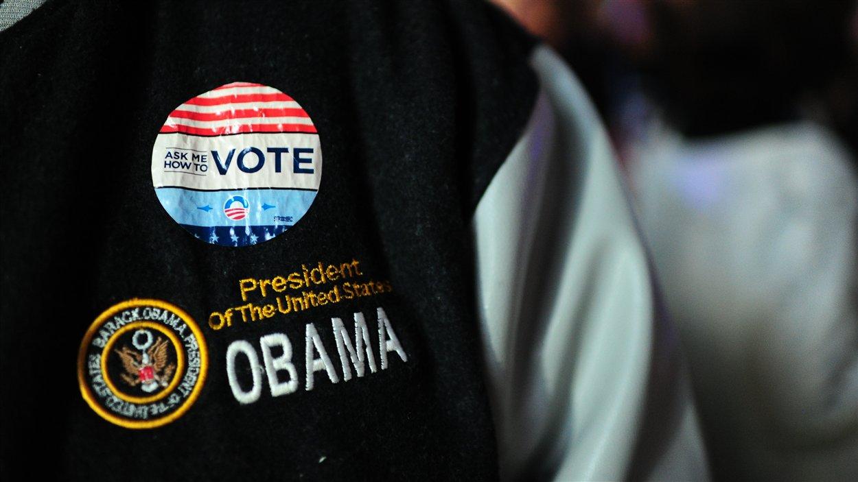 Un partisan de Barack Obama affiche ses couleurs.
