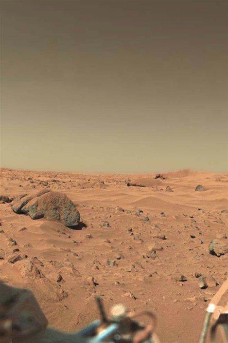 Viking 1 est la première sonde à transmettre des images du paysage martien.