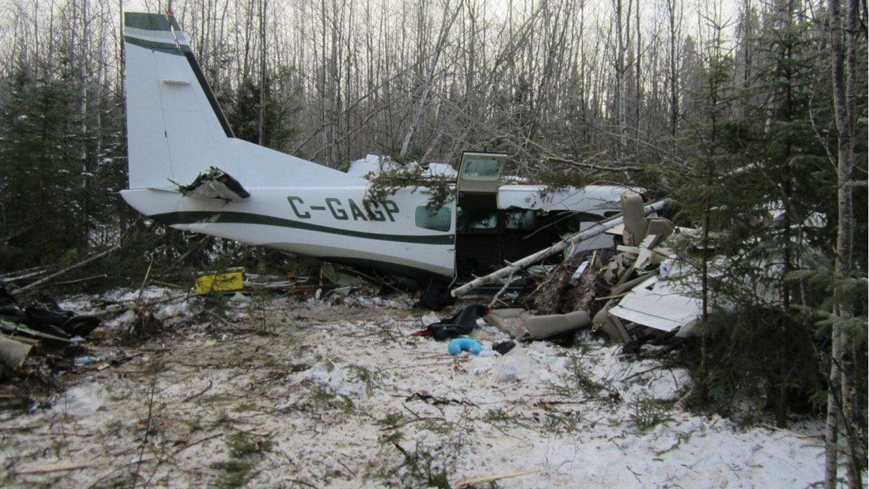 L'appareil A12C0154 de type Cessna 208 qui s'est écrasé le dimanche 18 novembre 2012 près de l'aéroport de Snow Lake, dans le nord du Manitoba