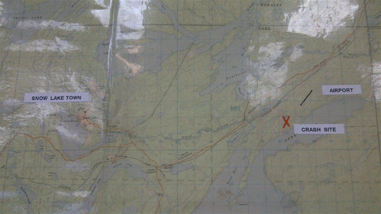 Carte du lieu de l'écrasement d'un avion près de Snow Lake, dans le nord du Manitoba, le 18 novembre 2012.