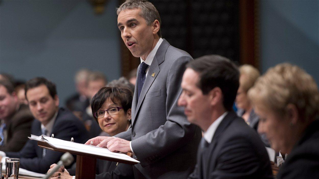 Le ministre Nicolas Marceau présente son budget à l'Assemblée nationale.