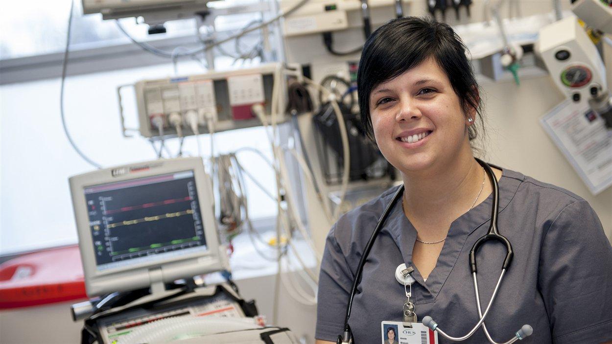Annie Bisson, inhalothérapeute au CHUS, au coeur de sa pratique