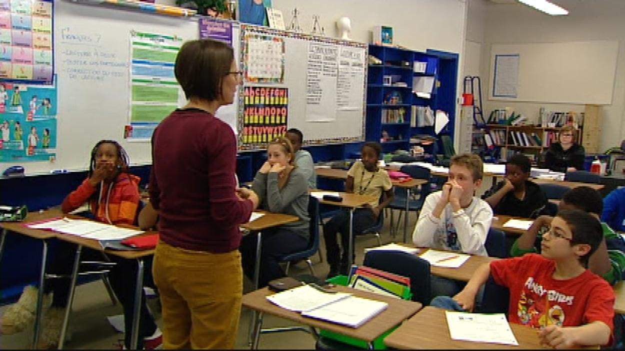 Une enseignante de classe en Alberta
