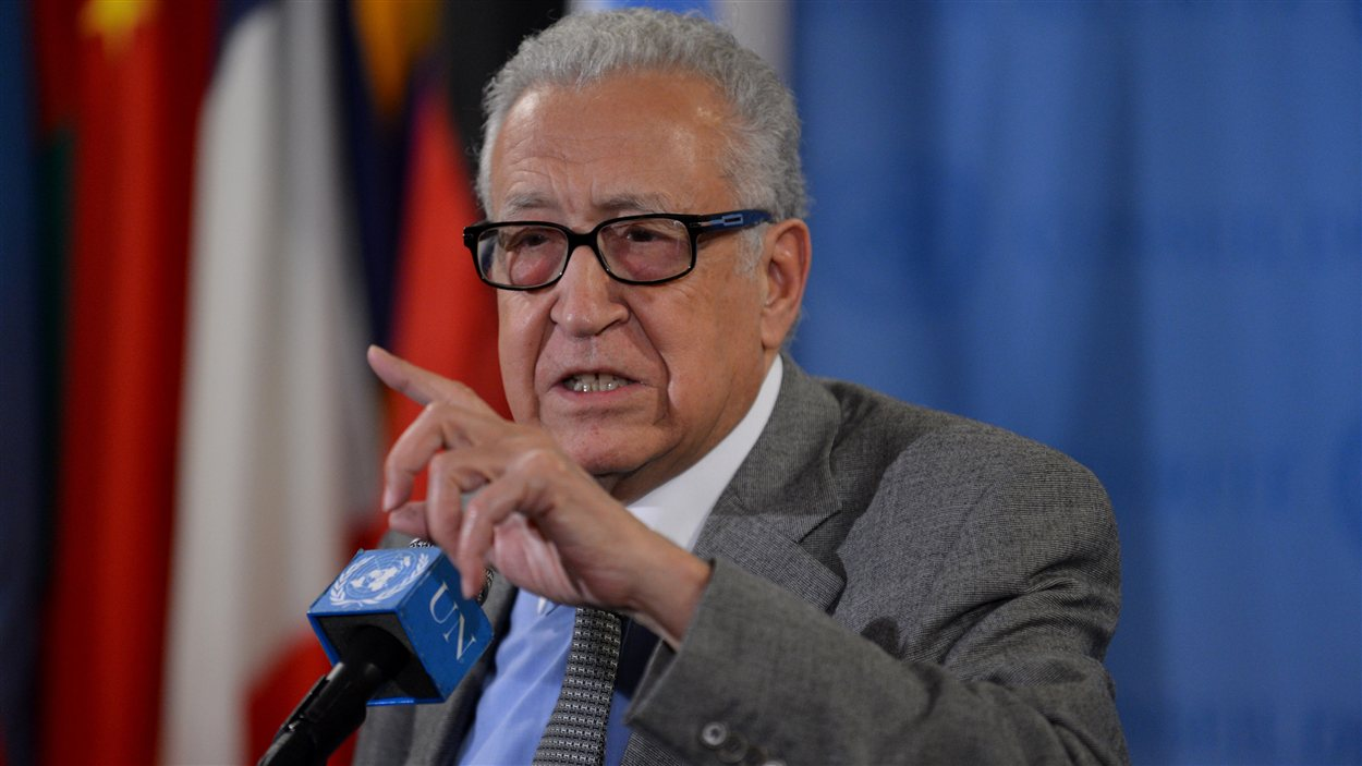 Lakhdar Brahimi au siège de l'ONU à New York