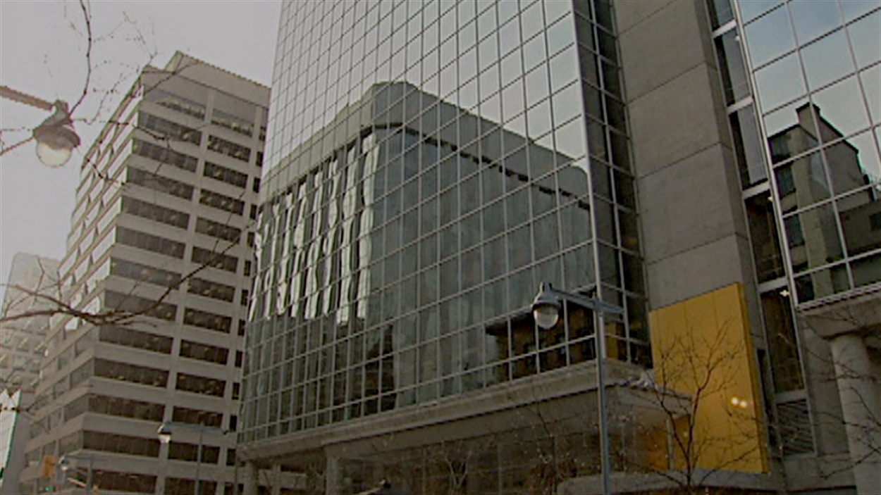 L'entreprise SNC-Lavalin détient le contrat d'entretien de 320 immeubles fédéraux depuis 2005.
