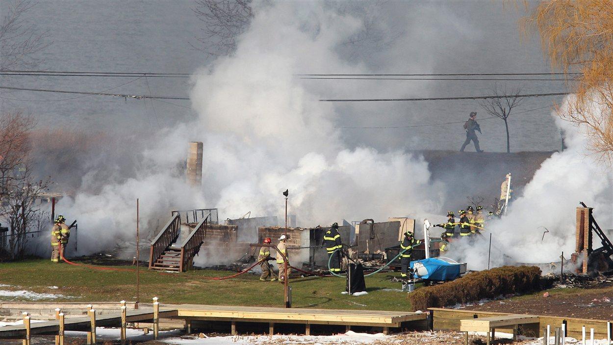 Une des maisons incendiées