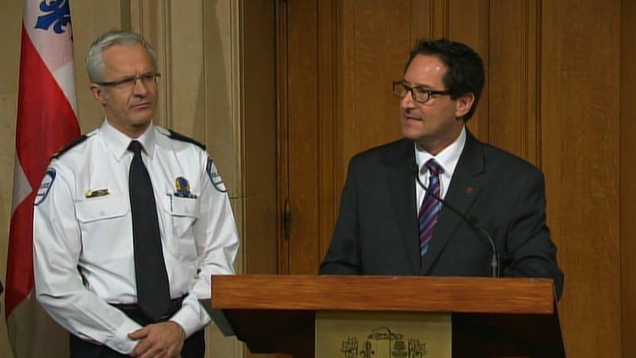 Le chef du SPVM Marc Parent et le maire de Montréal Michael Applebaum