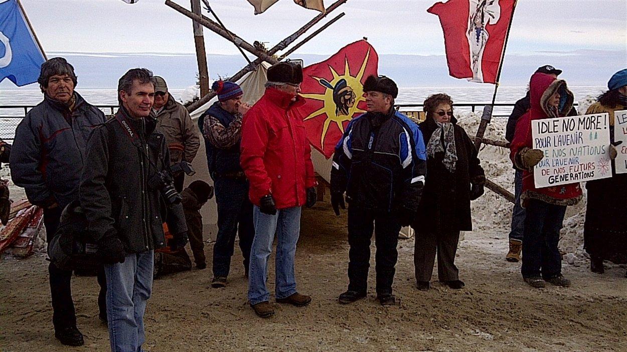 Des manifestants à Mashteuiatsh