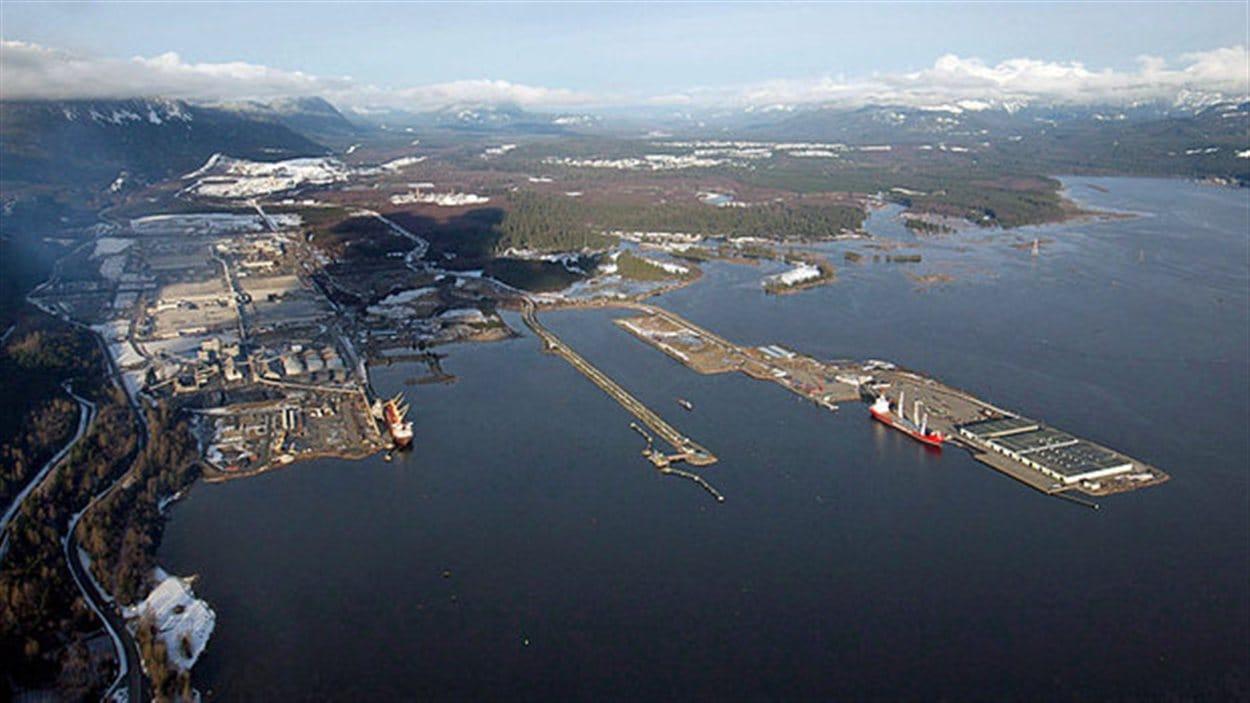 vue aérienne du port de Kitimat
